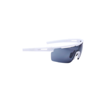 Bbb  BSG-57 kerékpáros szemüveg Avenger matt fehér keret fehér szárvéggel / PC füst tükrös lencsékkel